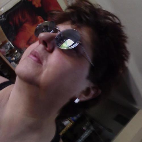 Leon~Aquarious <3's avatar