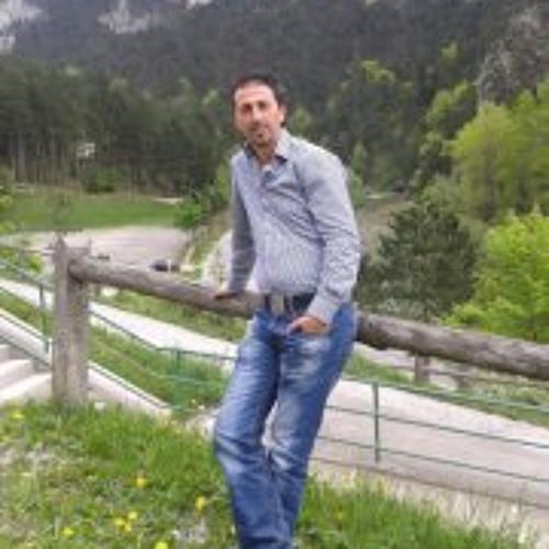 Ahmed Mahthlouthi Ahmed's avatar