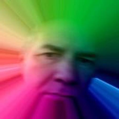 Kiki Beh's avatar
