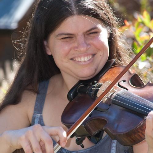Julia Plumb's avatar