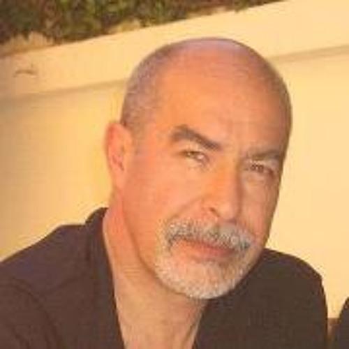 Gustavo Girado's avatar