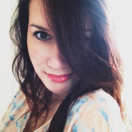 Nikkilou Silk's avatar