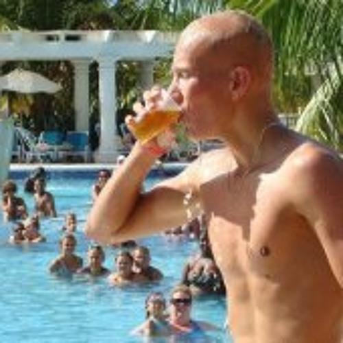 Stefan Schenk Yap's avatar