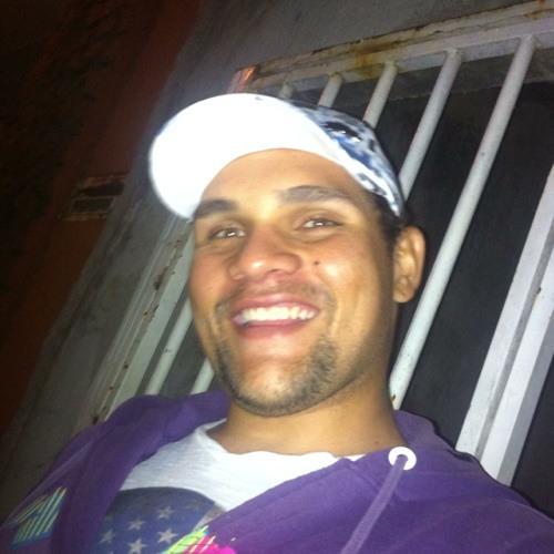 lukasmacedo's avatar