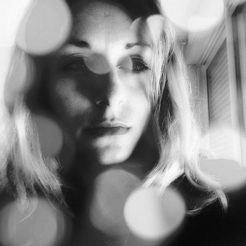 Lili Parker's avatar