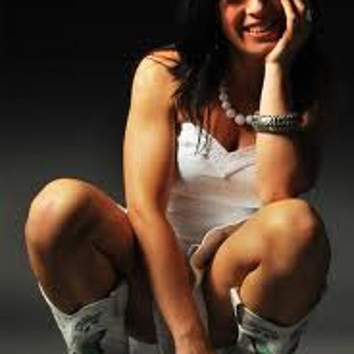 Ana Ferrolo's avatar