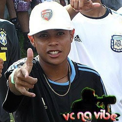 Isaac Dos Santos's avatar