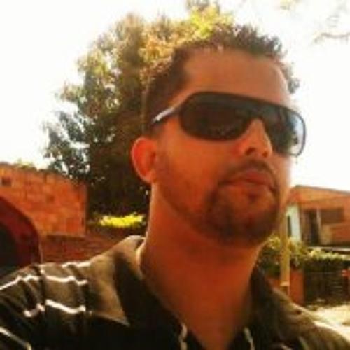 Fernando G. Pavão's avatar