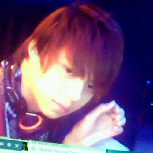 Neos Minshua's avatar