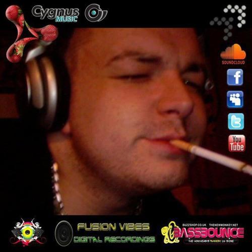DJ Pauli3 D33 ™'s avatar