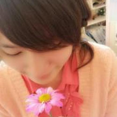 Ying Ying Chen 1's avatar