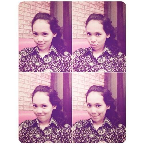 theresiaree's avatar