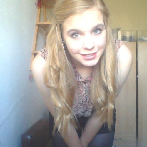 Ella Corrick's avatar