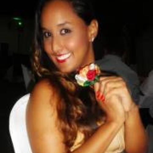 Monalisa Albuquerque's avatar