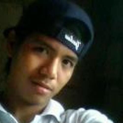 John Patrick Cruda's avatar