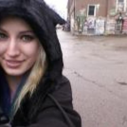 Janina Neuffer's avatar