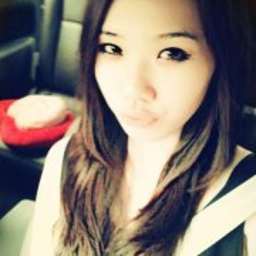 Lynn Boon Lynn's avatar