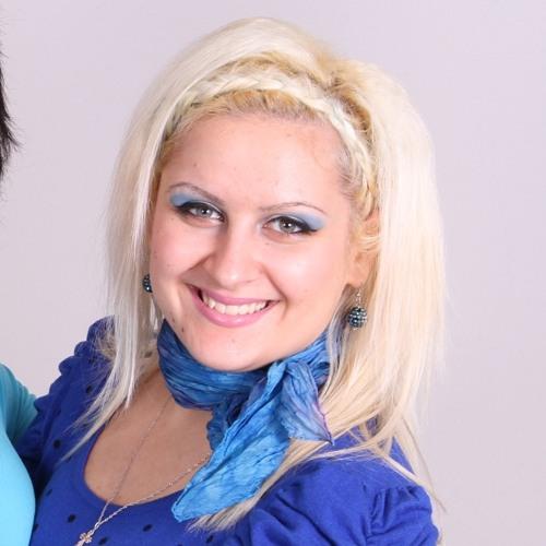 ariyana1's avatar