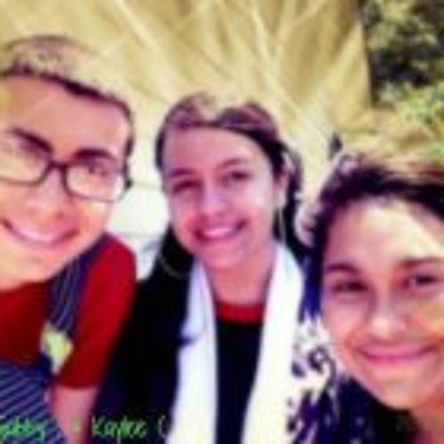 Gabbyy Velasquez's avatar