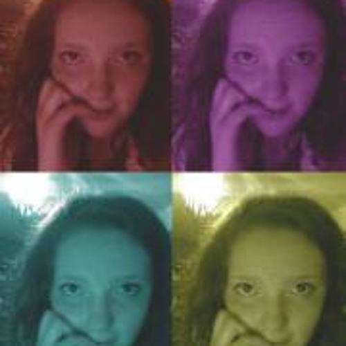 Chloe Preest's avatar