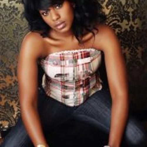 Dionne Conton's avatar