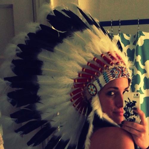 Melinda Lea's avatar