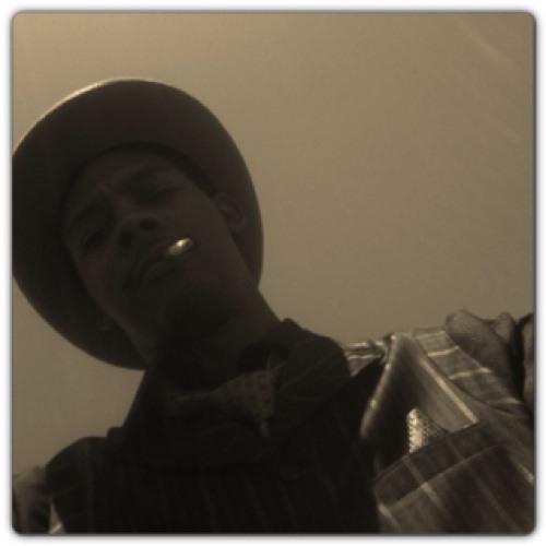 skinny2000's avatar