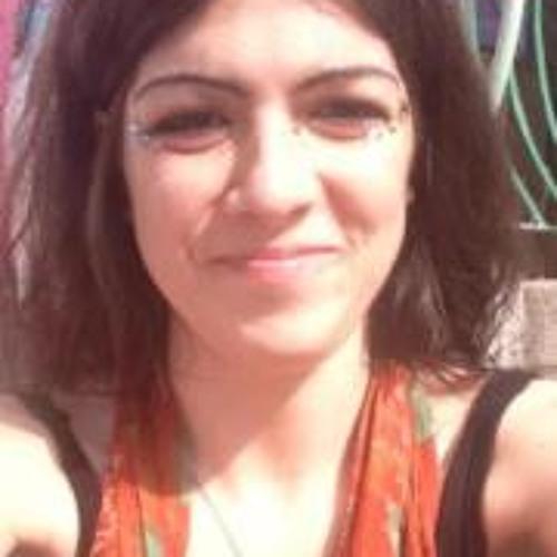 Danielle Mary's avatar