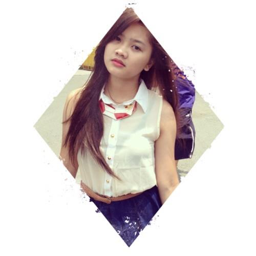 Lara Santos ⚓'s avatar