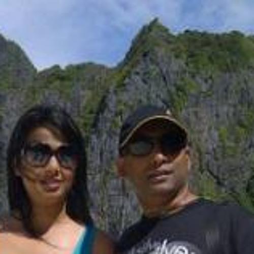 Greg AndPaulene Naidoo's avatar