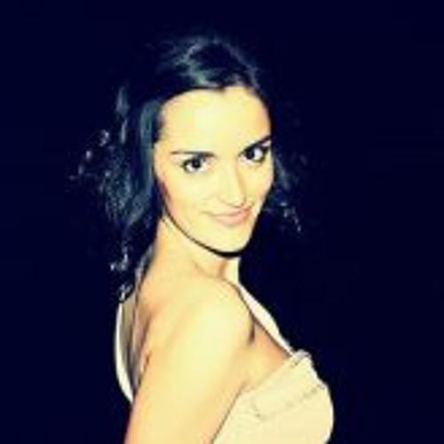Mili Pa's avatar