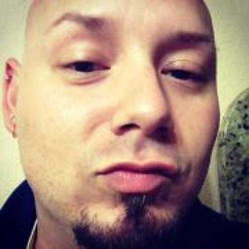 Justin Ross Rojo's avatar