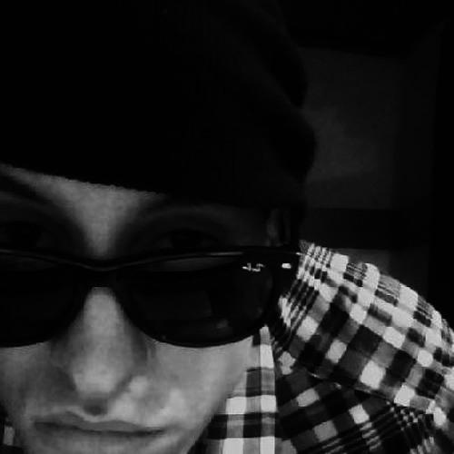 Niqo Emir's avatar