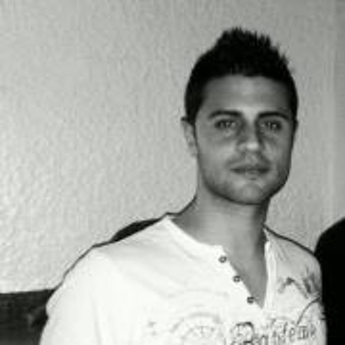 Ricardo Miralles's avatar