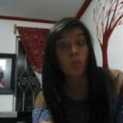 MaRi Sapichu Aguilar's avatar