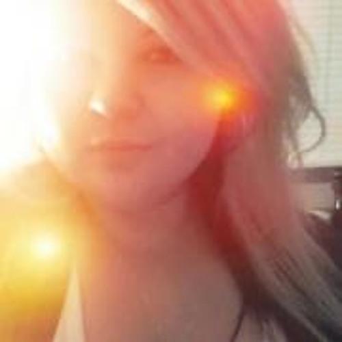Christina TooRaww's avatar
