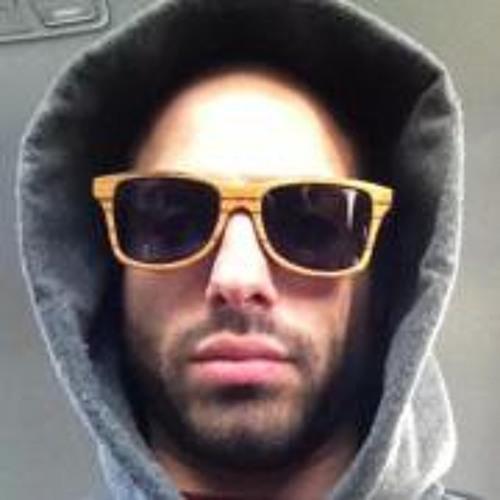 Richmund Fries's avatar