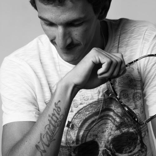 Daniel Martins's avatar