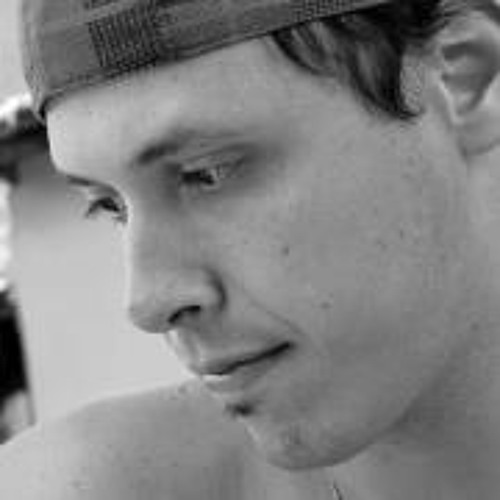 Rodrigo Curvo's avatar