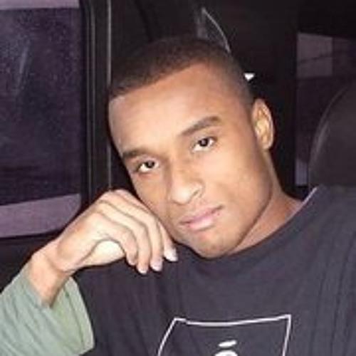 Ozzy Souza's avatar