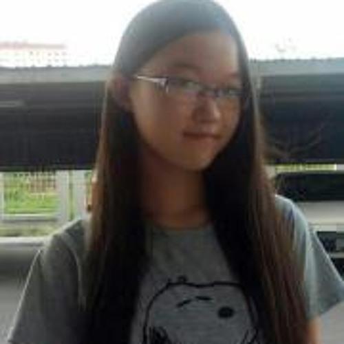 Ern Chi Lawson's avatar