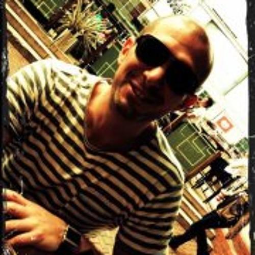 Alex Lacey 2's avatar