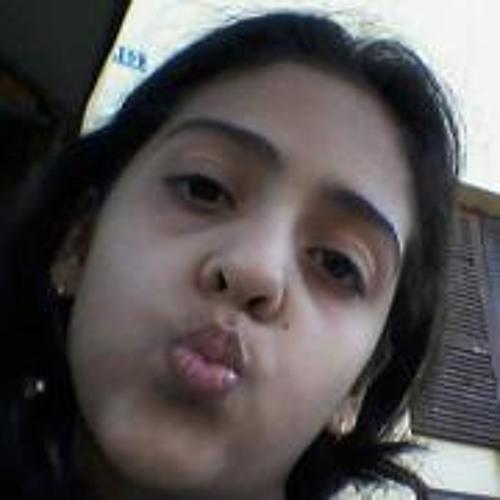 Amanda Macedo 10's avatar