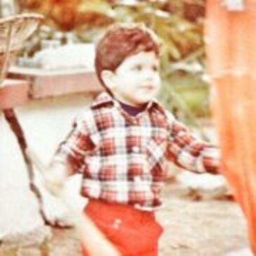 Luis Rodrigo Reynoso's avatar