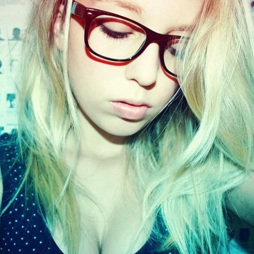 DubstepGirlMix's avatar