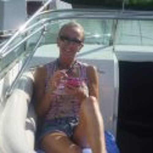 Mandy Driver's avatar