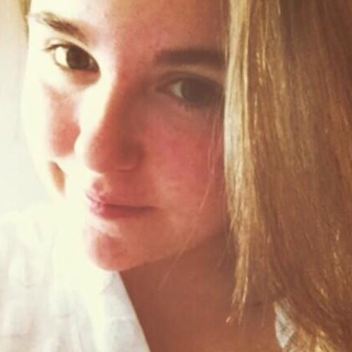 Cassie ;)'s avatar