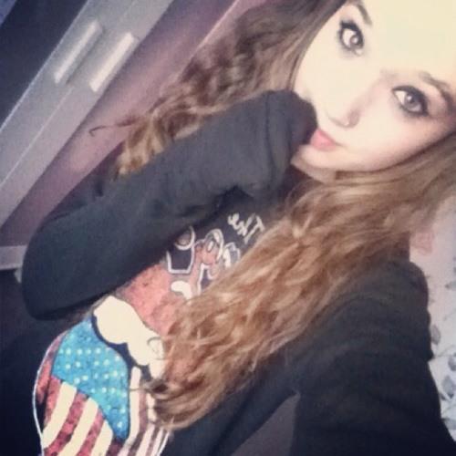 Beth Baker :)'s avatar