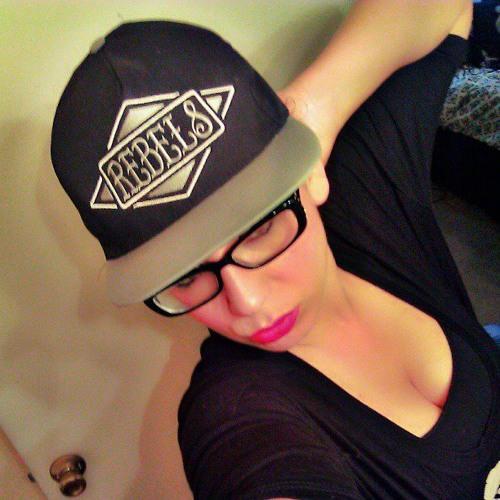 Alice Ruiz 3's avatar