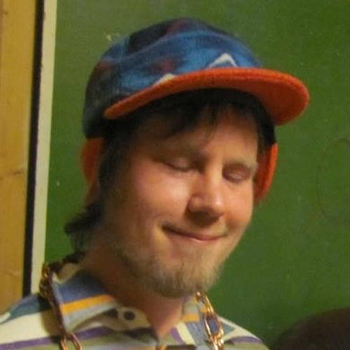 Yön Timo's avatar